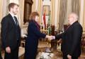 رئيس جامعة القاهرة يلتقي السيدة اليزابيث وايت مديرة المجلس الثقافي البريطاني في مصر والوفد المرافق