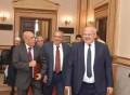 رئيس جامعة القاهرة يكرم