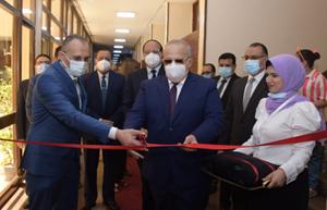 جامعة القاهرة تخاطب الصحة رسميًا لتوفير لقاح كورونا للأطقم الطبية والفئات ذات الأولوية على نفقتها