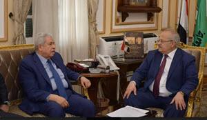رئيس جامعة القاهرة يستقبل عبد المنعم سعيد
